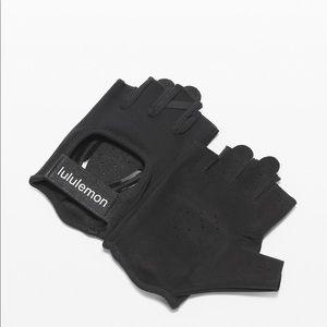 Lululemon Like New- Uplift Training Gloves